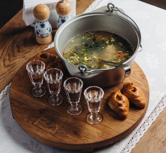 В меню ресторана собраны лучшие хиты русской кухни
